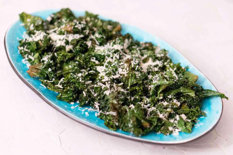 Grönkålschips med parmesan